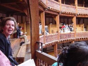 10_Bunny_and_Dave_at_the_Globe