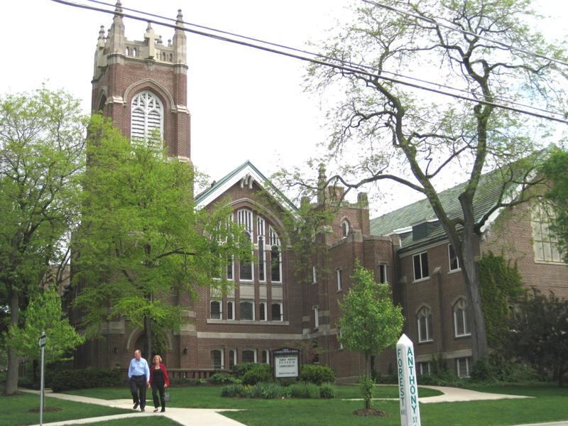 First Congregational Church in Glen Ellyn, a Concert Venue